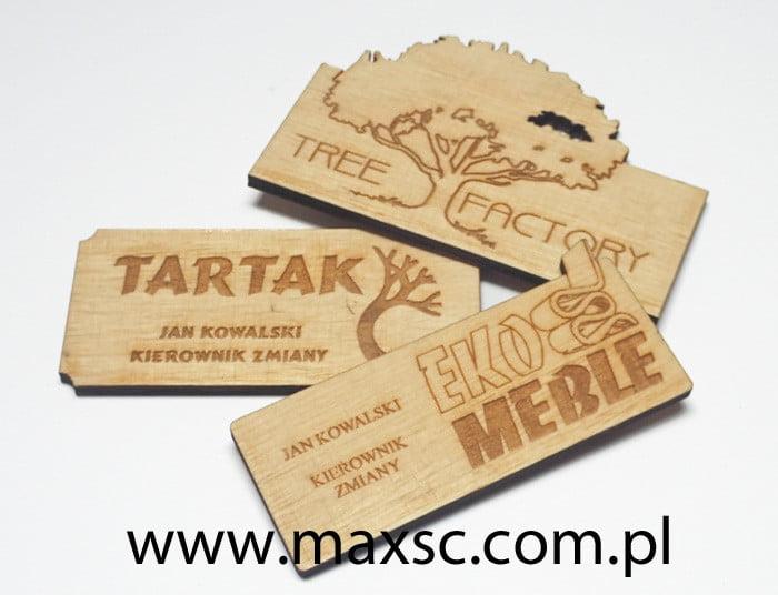 Identyfikatory drewniane jasne