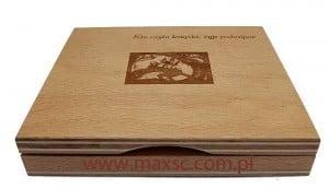 Poduszka drewniana z wygrawerowaną dedykacją